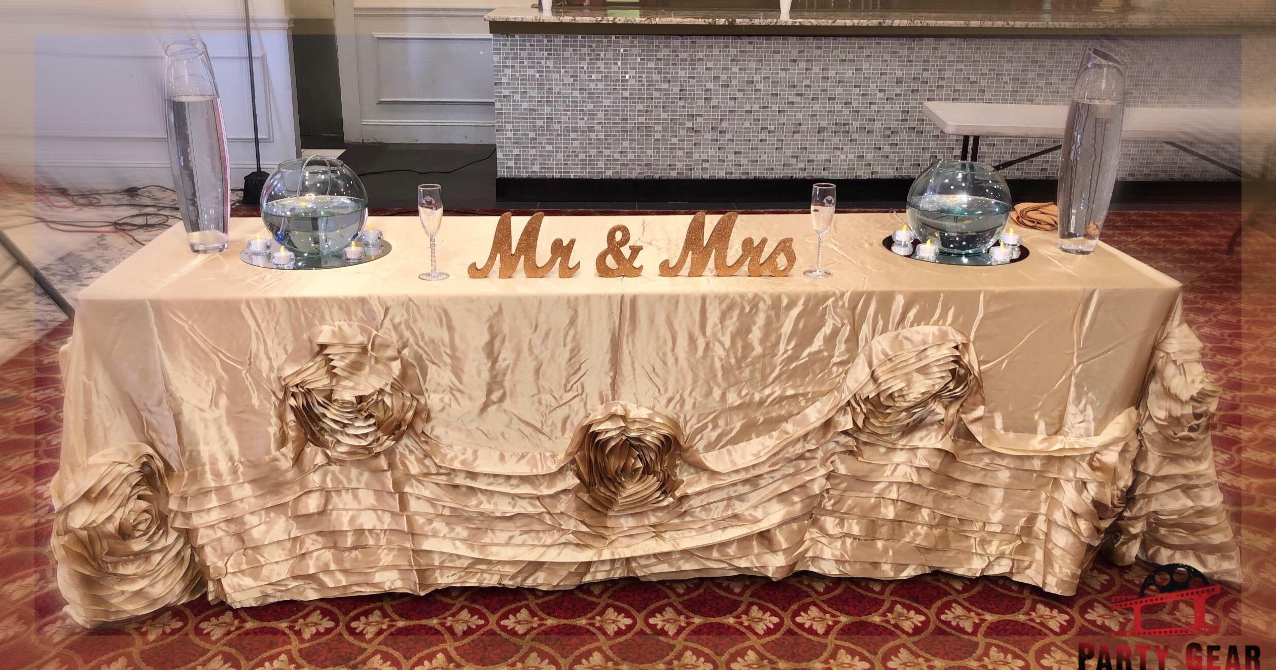 Party Gear banquet hall decoration mr & mrs sign and nice table cover